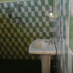Alsevana Ayurvedic Tourist Hotel & Restaurant Стандартный номер с двуспальной кроватью фото 11