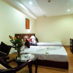The Summer Hotel 3* Улучшенный номер с двуспальной кроватью фото 3