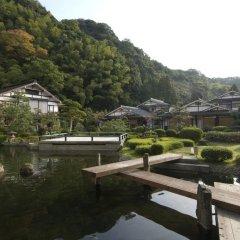 Отель Yukai Resort Saiki Bekkan Мисаса приотельная территория