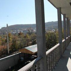 Отель Hayk House 10 in Tzahkadzor Армения, Цахкадзор - отзывы, цены и фото номеров - забронировать отель Hayk House 10 in Tzahkadzor онлайн балкон