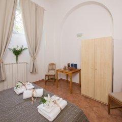Отель A Due Passi Dall'Accademia Италия, Флоренция - отзывы, цены и фото номеров - забронировать отель A Due Passi Dall'Accademia онлайн удобства в номере