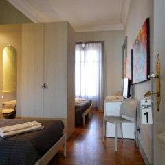 Отель Maison B Стандартный номер с двуспальной кроватью (общая ванная комната) фото 29