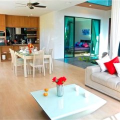 Отель Baan Bua Nai Harn 3 bedrooms Villa комната для гостей фото 4