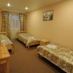 Мини-отель Гостевой двор Стандартный семейный номер разные типы кроватей фото 3