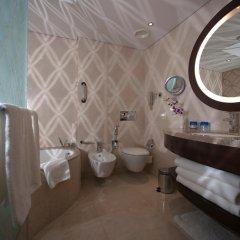 Отель Crowne Plaza Dubai Deira 5* Представительский номер с различными типами кроватей