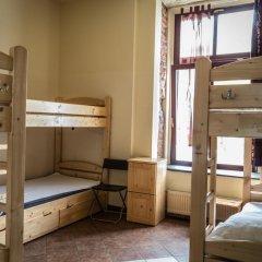 Music Hostel Piotrkowska Кровать в женском общем номере с двухъярусной кроватью
