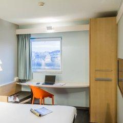 Отель ibis Porto Sao Joao 2* Стандартный номер с различными типами кроватей фото 4
