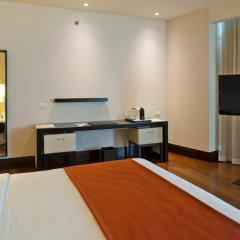 Отель NH Collection Guadalajara Providencia 4* Улучшенный номер с различными типами кроватей фото 3
