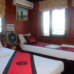 Отель Halong Dolphin Cruise 3* Стандартный номер с различными типами кроватей