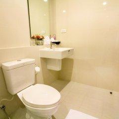 Отель The Cozy@The Base Pattaya ванная фото 2