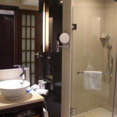 Отель Grand Skylight Garden Hotel Shenzhen Tianmian City Building Китай, Шэньчжэнь - отзывы, цены и фото номеров - забронировать отель Grand Skylight Garden Hotel Shenzhen Tianmian City Building онлайн ванная фото 2