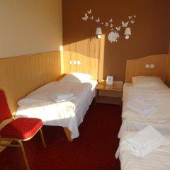 Hotel Atlantis 2* Стандартный номер с 2 отдельными кроватями фото 4