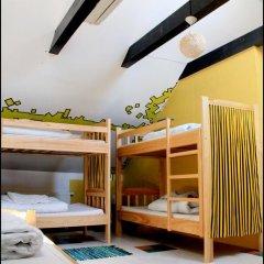 Pogo Hostel Кровать в общем номере фото 3