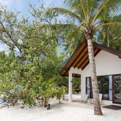 Отель Malahini Kuda Bandos Resort 4* Стандартный номер с различными типами кроватей