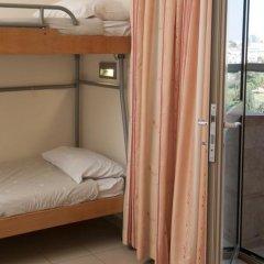 HI Jerusalem - Agron Hostel Израиль, Иерусалим - отзывы, цены и фото номеров - забронировать отель HI Jerusalem - Agron Hostel онлайн комната для гостей