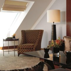 Отель The Ritz Carlton Vienna Вена комната для гостей фото 2