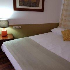 Отель Hostal LK Стандартный номер с различными типами кроватей фото 4
