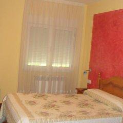 Отель Hostal Poncebos Испания, Кабралес - отзывы, цены и фото номеров - забронировать отель Hostal Poncebos онлайн комната для гостей