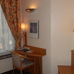 Отель Safestay Brussels Бельгия, Брюссель - 1 отзыв об отеле, цены и фото номеров - забронировать отель Safestay Brussels онлайн удобства в номере фото 2