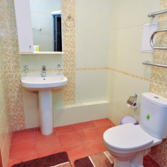 Гостиница ApartInn Astana Казахстан, Нур-Султан - отзывы, цены и фото номеров - забронировать гостиницу ApartInn Astana онлайн ванная