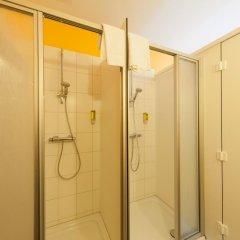 Отель Bedn Budget Cityhostel Hannover Стандартный номер с двуспальной кроватью (общая ванная комната) фото 2