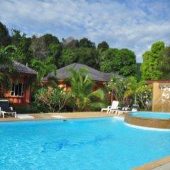 Отель Tamarind Twin Resort Ланта бассейн фото 2
