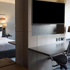 Отель Hilton Helsinki Strand 4* Представительский номер с двуспальной кроватью фото 8