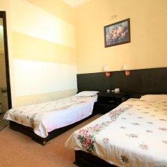 Cuong Long Hotel 2* Стандартный номер с двуспальной кроватью фото 6