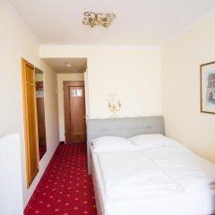 Aurbacher Hotel 3* Стандартный номер с различными типами кроватей фото 4