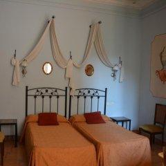Отель Hostal Center Inn 2* Стандартный номер с различными типами кроватей фото 35