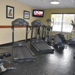 Отель Holiday Inn Express & Suites Sarasota East фитнесс-зал
