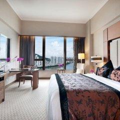 Отель Sofitel Macau At Ponte 16 4* Улучшенный номер с различными типами кроватей фото 5