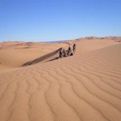 Отель Merzouga Desert Марокко, Мерзуга - отзывы, цены и фото номеров - забронировать отель Merzouga Desert онлайн приотельная территория фото 2