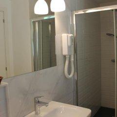 Отель Sant Agusti Барселона ванная фото 2