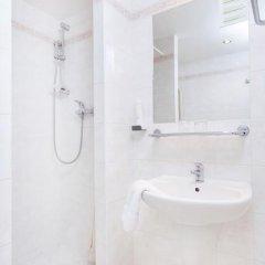 Globus Hotel 3* Стандартный номер с различными типами кроватей фото 6