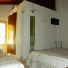 Отель La Locanda Al Lago Италия, Вербания - отзывы, цены и фото номеров - забронировать отель La Locanda Al Lago онлайн комната для гостей фото 4