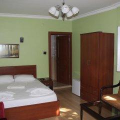 Orient Hostel Люкс разные типы кроватей фото 2