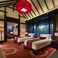 Отель Banyan Tree Lijiang 5* Вилла разные типы кроватей фото 14