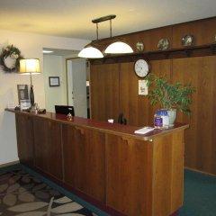 Отель Chalet Continental Motel интерьер отеля фото 2