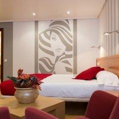 Отель Château La Roca 3* Улучшенный номер с различными типами кроватей фото 4