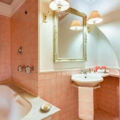 Отель Casa Howard Guest House Rome (Capo Le Case) 3* Номер Делюкс с различными типами кроватей
