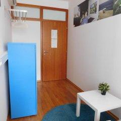 Hostel Bureau Стандартный номер с различными типами кроватей (общая ванная комната) фото 3