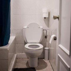 Отель Beach Break Guesthouse Испания, Сан-Себастьян - отзывы, цены и фото номеров - забронировать отель Beach Break Guesthouse онлайн ванная