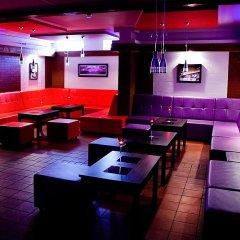 Отель Willa Piemont гостиничный бар