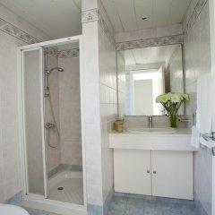 Отель Ayios Elias Pearl ванная фото 2