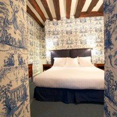 Отель Relais Du Vieux Paris Стандартный номер фото 23