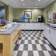Отель Hampton Inn Suites Sarasota/Bradenton Airport питание фото 3