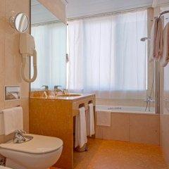 Отель Holiday Inn Lisbon 4* Стандартный номер с различными типами кроватей фото 10