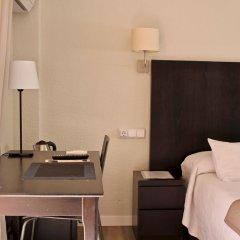 Отель Hostal Jakiton Улучшенный номер с различными типами кроватей