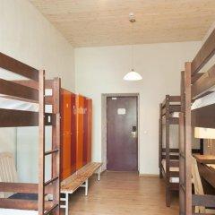 Отель 16eur - Fat Margaret's Кровать в общем номере с двухъярусной кроватью фото 2